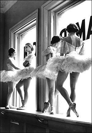 Oh, the drama of being a dancer ;) Work it girls.