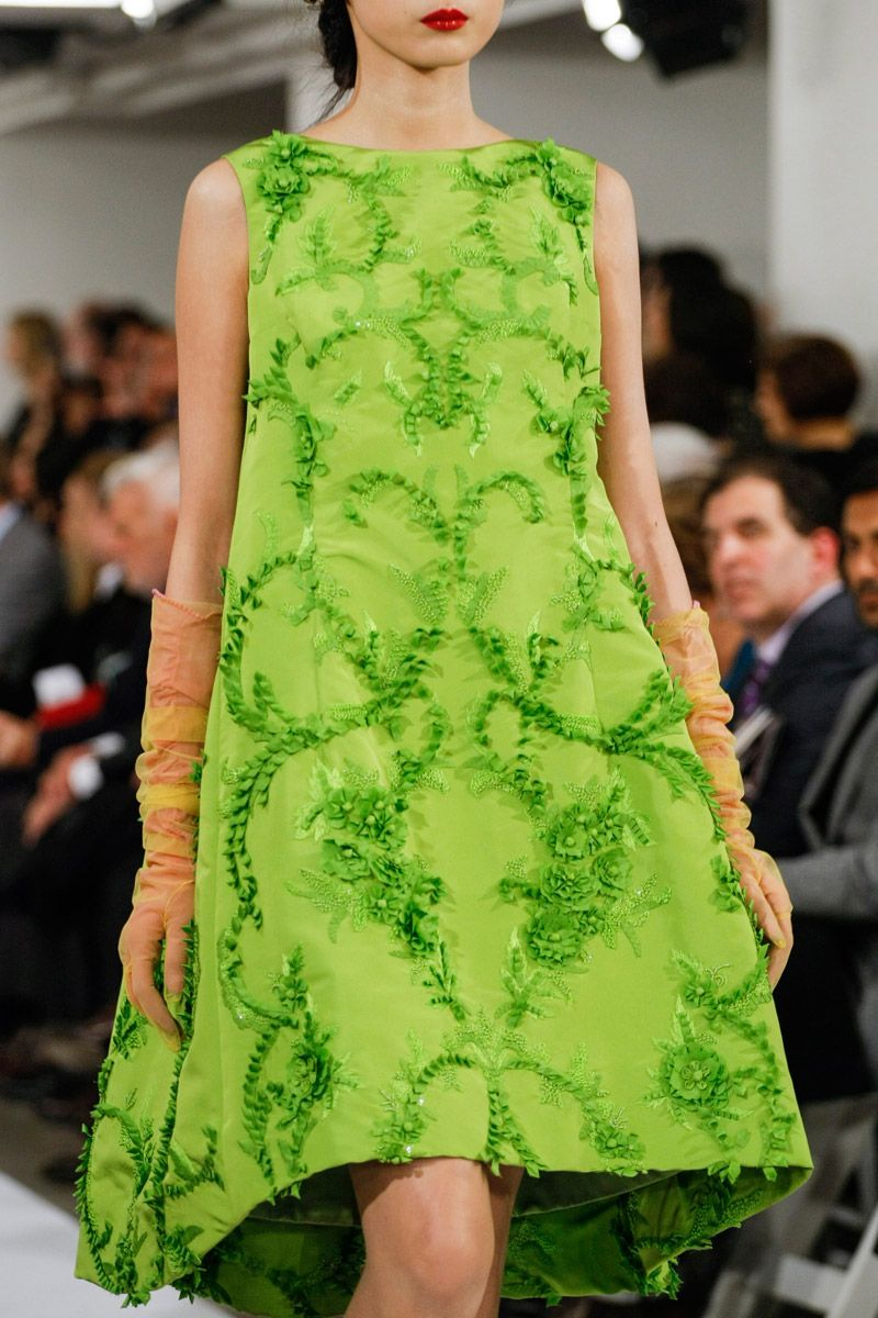 Oscar de la Renta Fall 2013 RTW. Ooh, I need to lose 75 pounds...