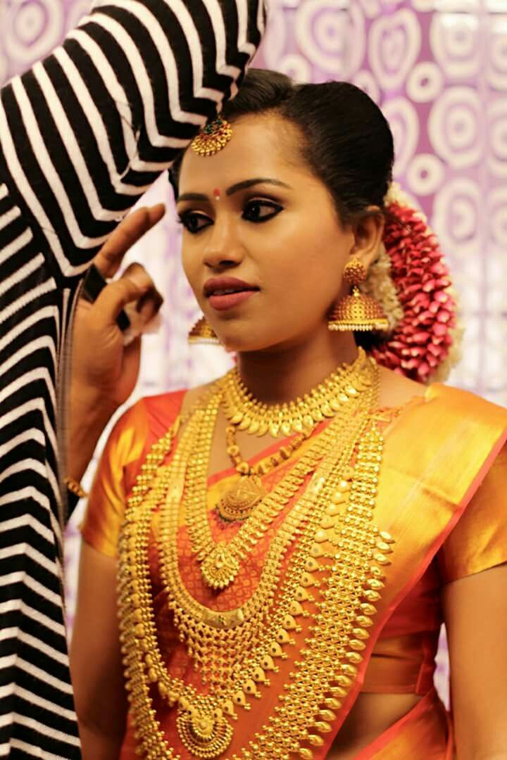 Pin By Lipsamanas On Wedding Jewellery Bridal Jewellery Indian Kerala Jewellery Wedding Jewellery Necklace