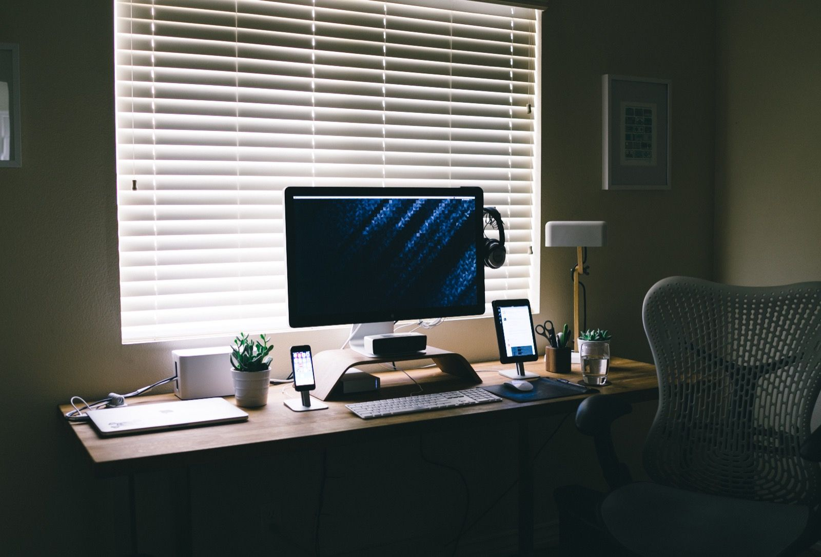 developer office. Interview With Software Designer And Developer Aubrey Johnson About His Home Office, Focus Self Office