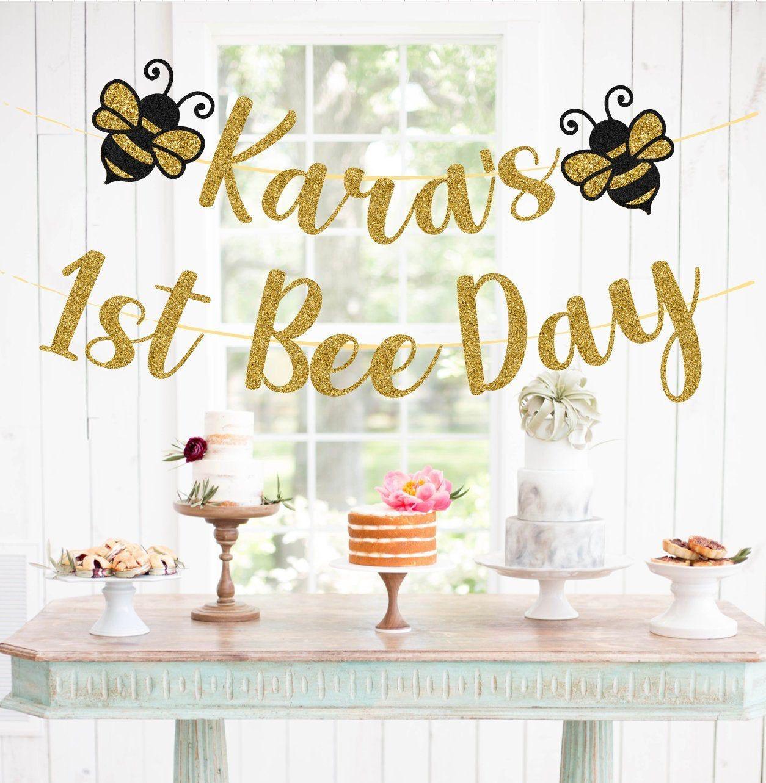 Custom Happy Bee Day Name Banner, Bee Birthday Banner, Custom Age Bee Day Banner, Happy 1st Bee Day, Happy 2nd Bee Day, Custom Bee day Decor