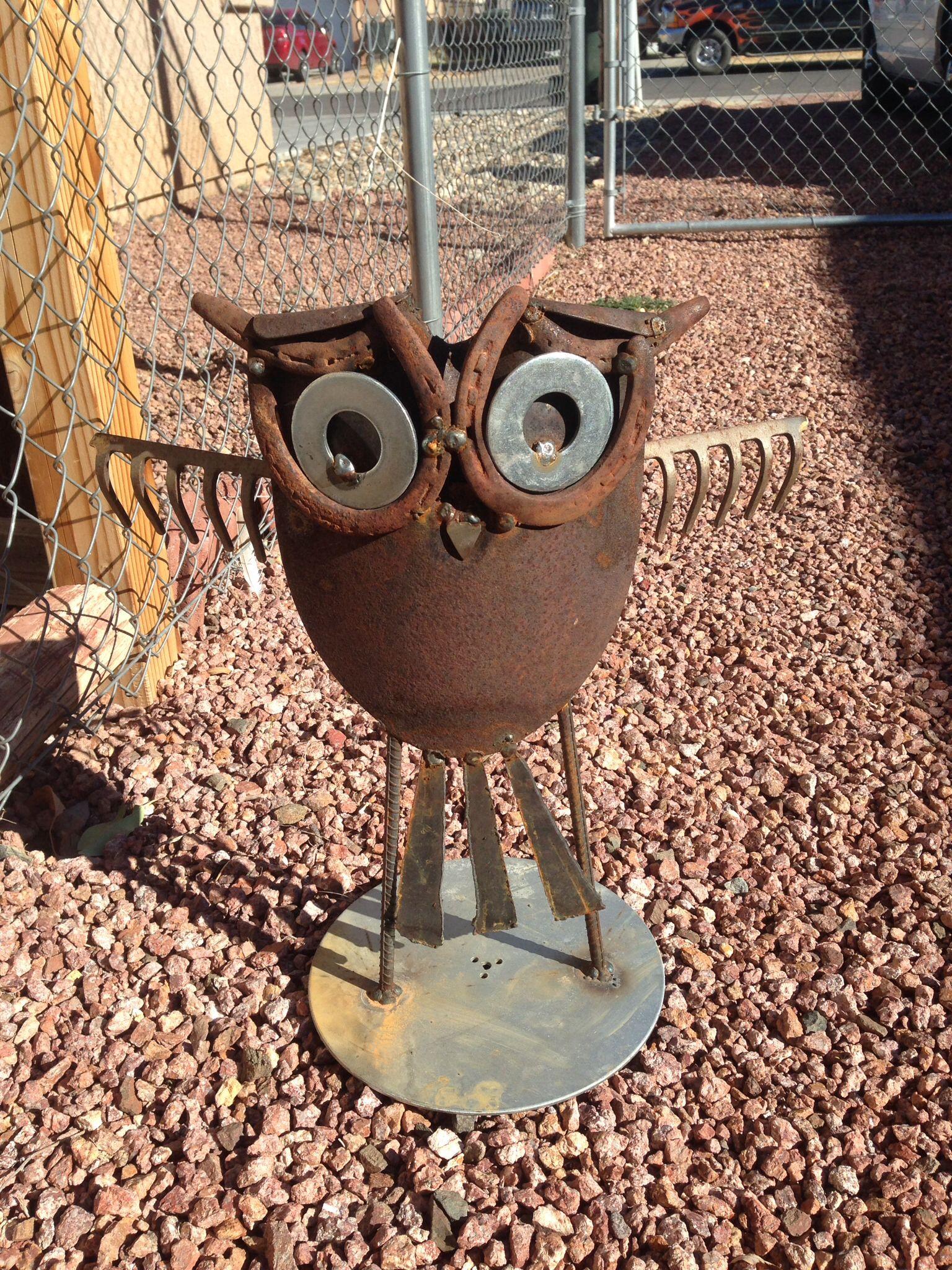 Scrap metal owl, not original idea. I wish. | Things I\'ve Built ...