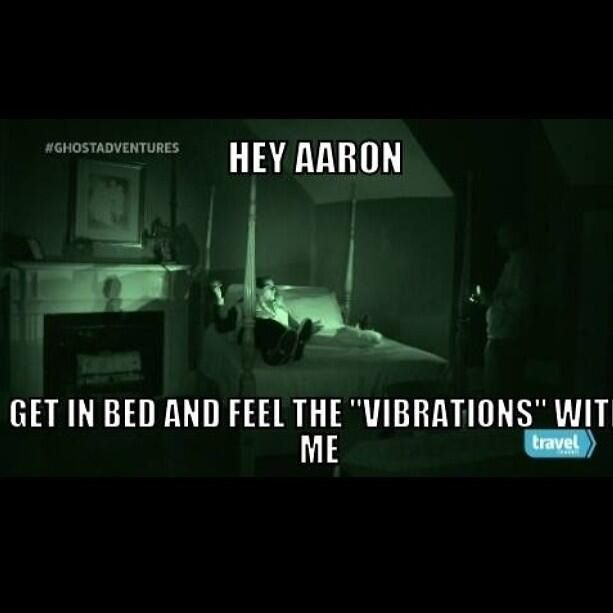 Best Hey Aaron Get In Bed And Feel The Vibrations With Me 640 x 480