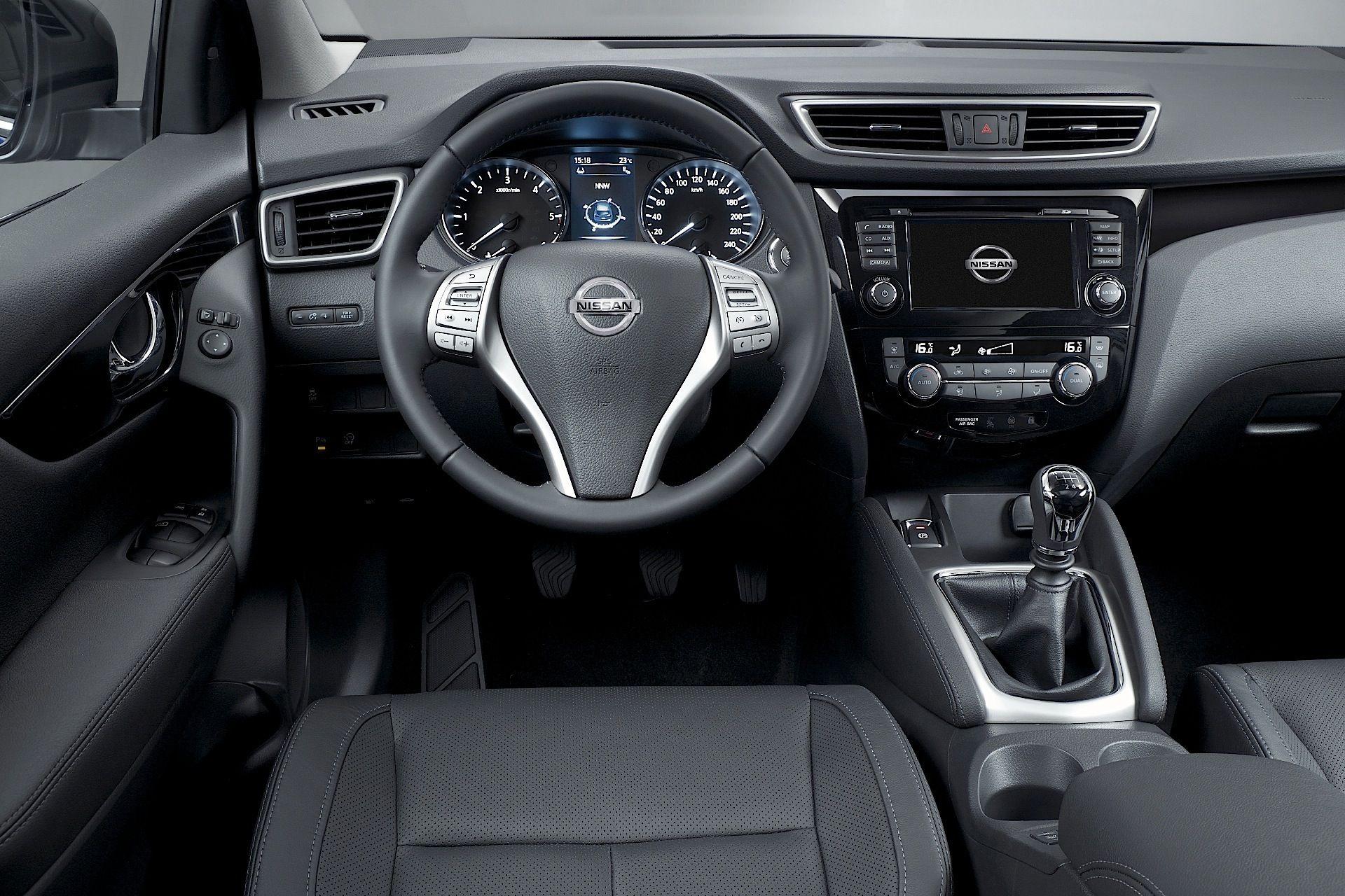 Nissan Qashqai Tekna Interior