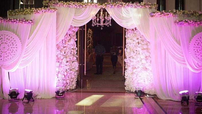 Pin by resim on wed decor inspire pinterest diwali wedding wedding stage indian weddings entrance decor ideas wedding decorations diwali receptions entryway door entry junglespirit Choice Image