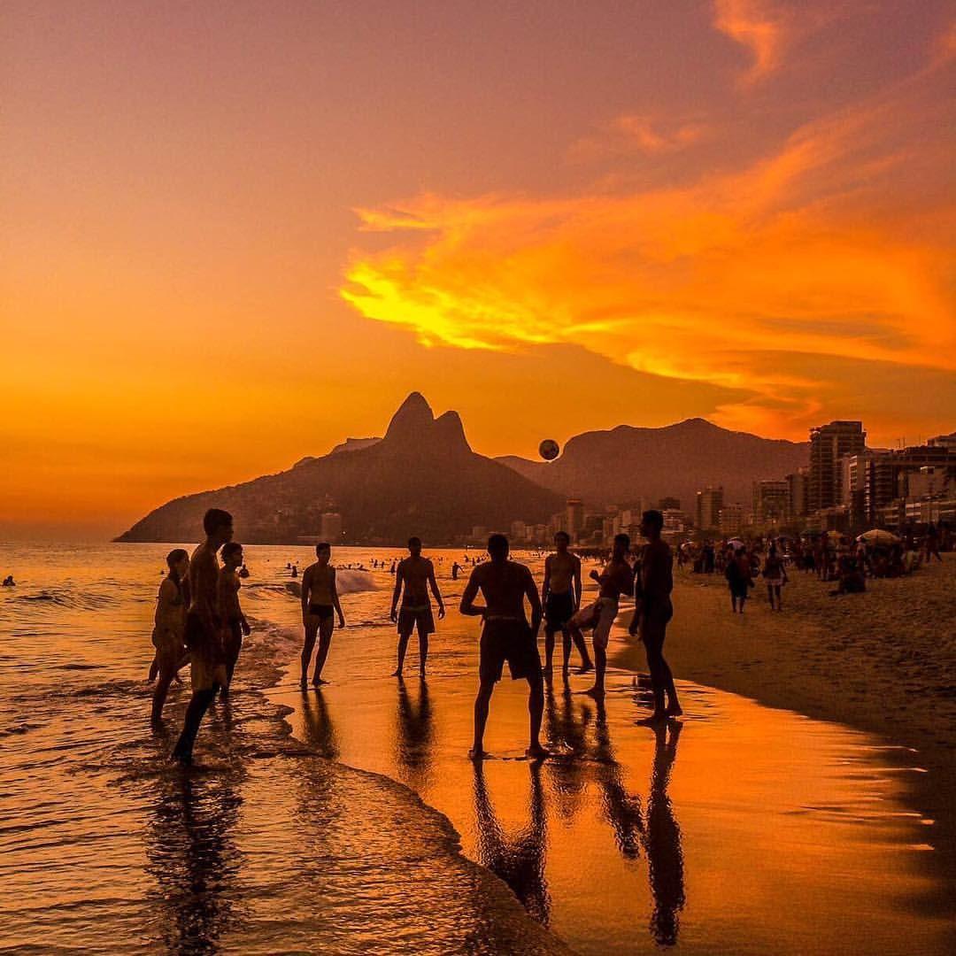 Instagram Photo By Claudio Bezerra Apr 22 2016 At 1 39pm Utc Ipanema Beach Travel Travel Pictures