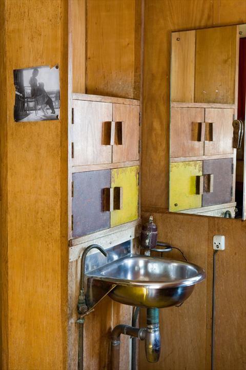 Fondation le corbusier r alisations cabanon de le corbusier le corbusier summer house - Salle de bain charlotte perriand ...