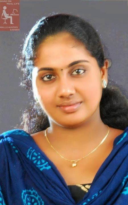 kerala malayali women housewives aunties girls kerala rh pinterest es