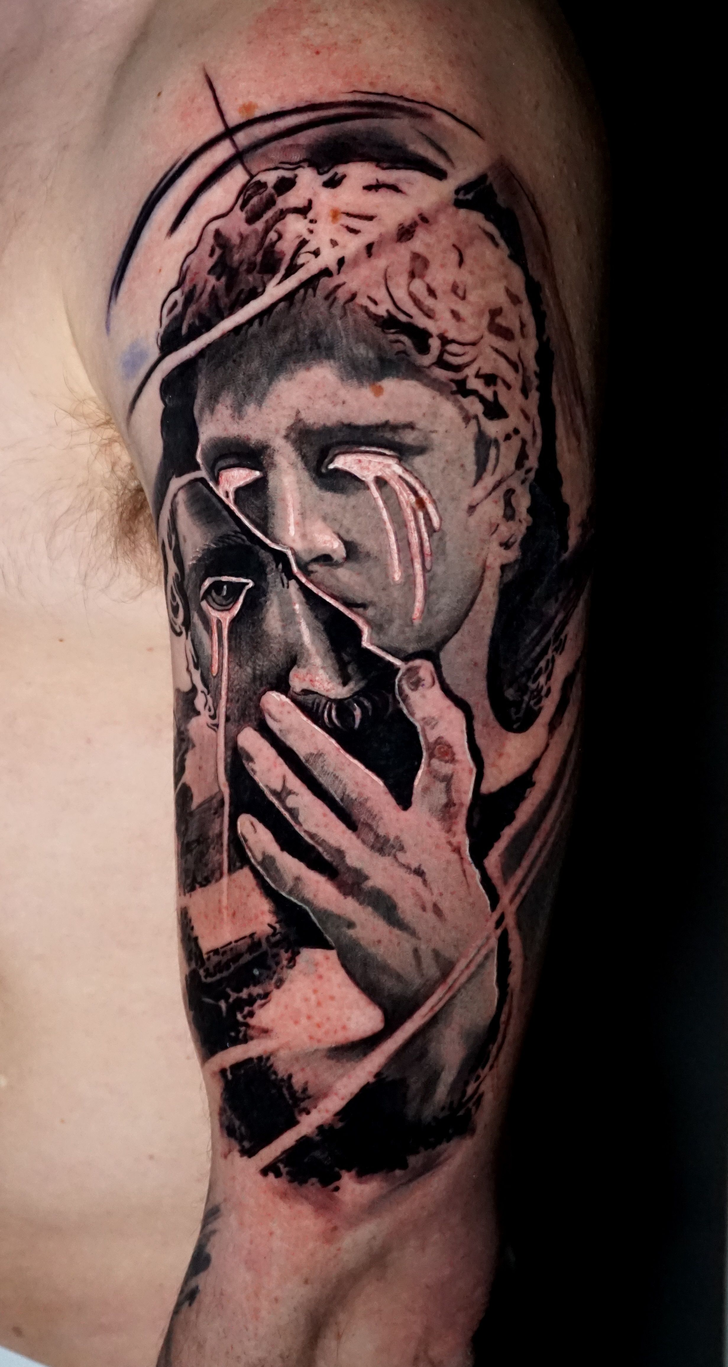 Black And Grey Tattoos In London Full Sleeves Portraits Realism And Surrealism By Alo Loco Uk Black And Grey Tattoos Grey Tattoo Tattoos
