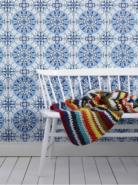 Wallpaper from the collection Happy in the color Blue and pattern Large scale pattern, Geometric.