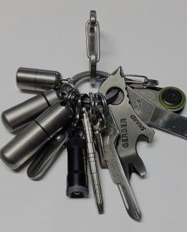 Kit EDC Travel + Survival Keychain