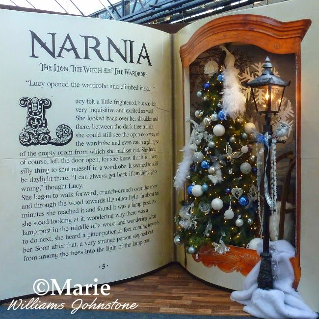 Chronicles of Narnia Christmas Tree and Lamp Post - Christmas @ Unlimited Life Hacks, Crafts , DIY, And Family Health