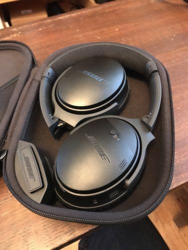 Bose QuietComfort 35 QC35 wireless headphones https://t.co/MkZ2unTfuS https://t.co/gS8ALIDG0B