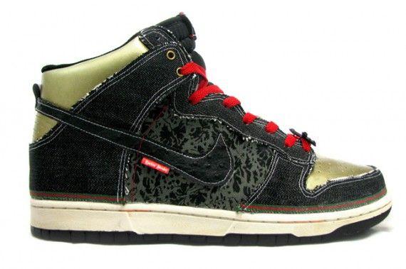 quality design 67fd7 f8266 Nike Dunk High SBTG Customs   Sneakerz in 2019   Nike dunks ...