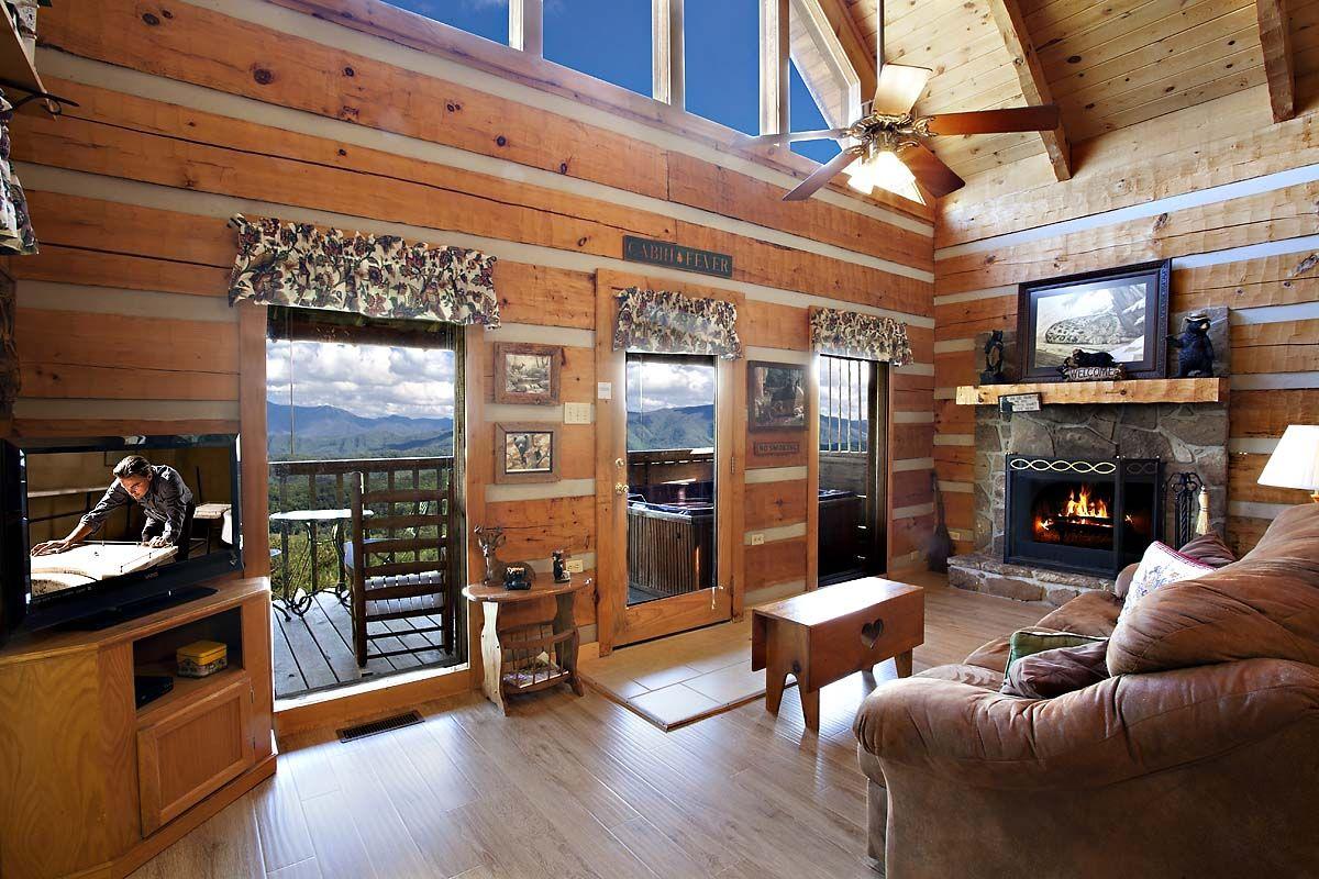 BLUFF SPLENDOR 1 BEDROOM cabin in Sevierville