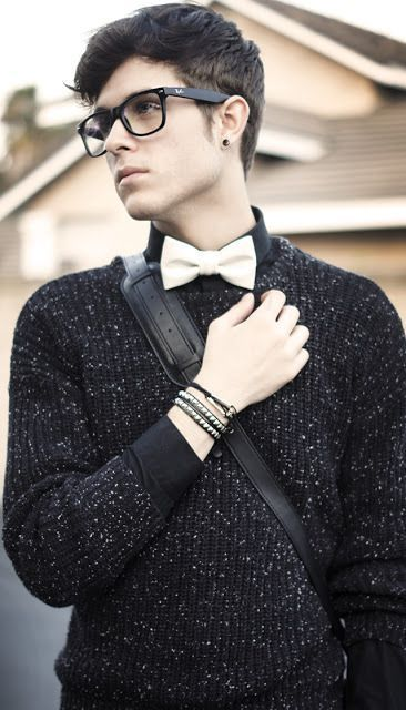 Bow tie & Sweater Supernatural Style | <a href=