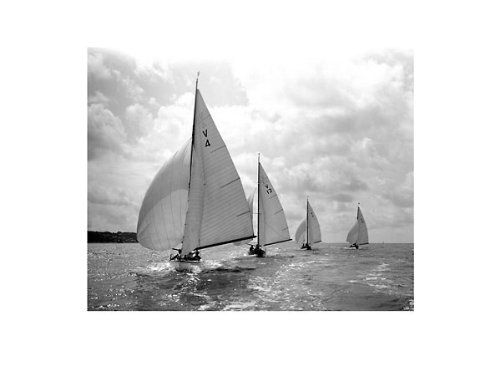 Solent sunbeams by beken of cowes black white photography sailboats print poster picture 31 5x23