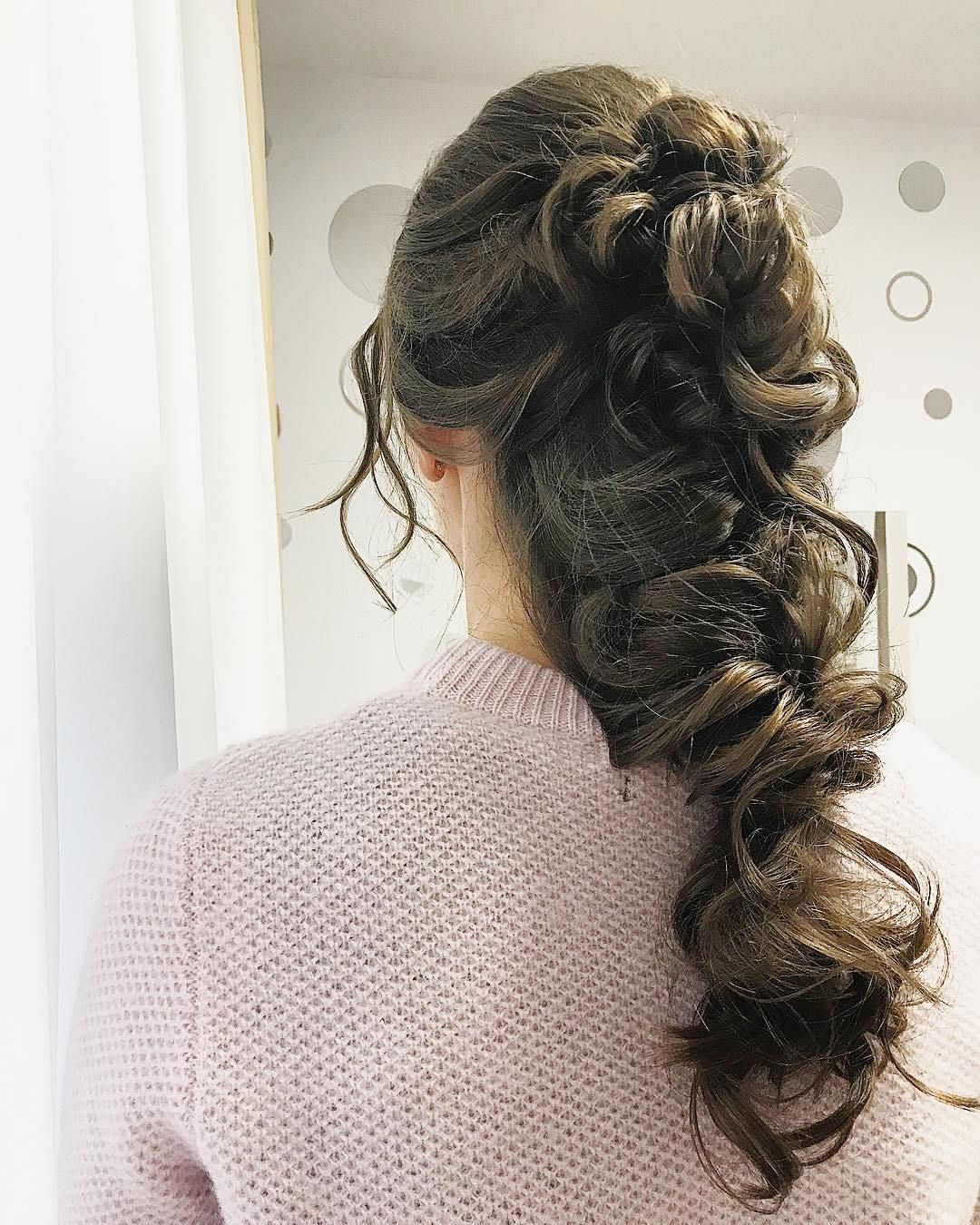 Soft and textured hairdo ideas