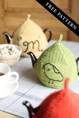 Seed Stitch Tea Cozy (FREE Download) Someday when my life calms down, I will treat myself to dozens of tea cosies.