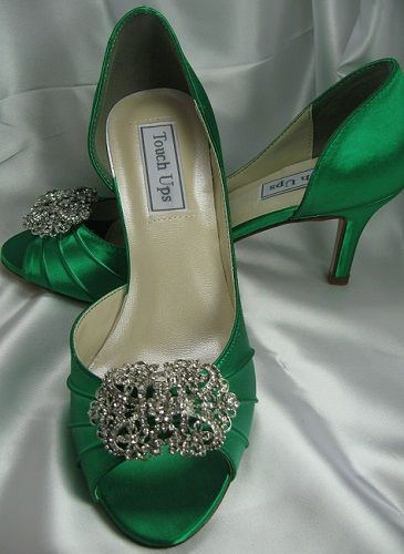 Wedding Shoes Emerald Green Bridal Shoes Vintage Brooch Bridal Shoes Vintage Wedding Shoes Vintage Emerald Green Wedding Shoes