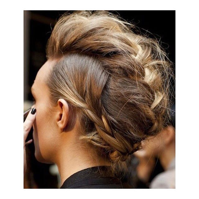 t h e  b r a i d e d  m o h a w k   perfect #weekendhair  {how to do deets on the blog today} . . . . . #braid #fauxhawk #hair #hairstyle #instahair #hairstyles #haircolour #haircolor #hairdo #fashion #instafashion #straighthair #longhair #straight #blonde #hairoftheday #hairideas #braidideas #hairofinstagram #coolhair #model #girl #style #love