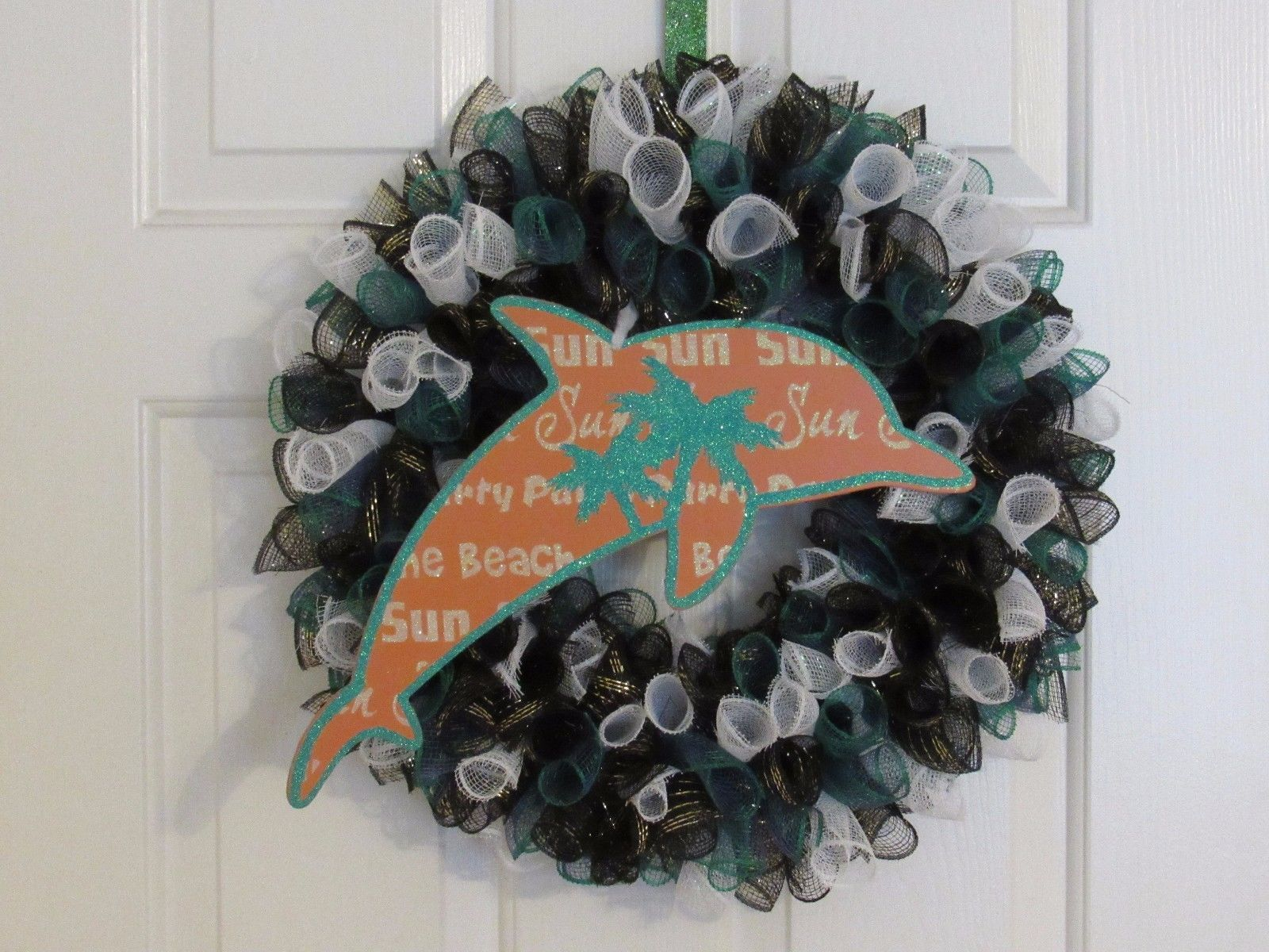 Wreaths 16498: Custom Made Deco Mesh Wreath With Dolphin Sign -> BUY ...