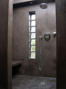 Douche en tadelakt | Douche en béton ciré. Concrete shower ...