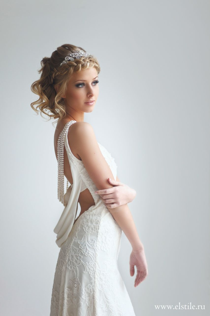 Wedding Hairstyle with vintage 1920\'s inspired sleek curl updo with ...
