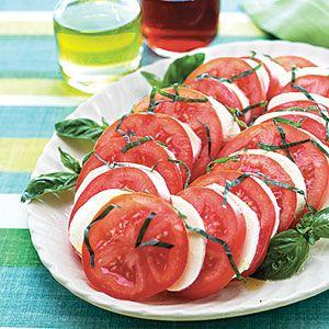 Tomato Mozzarella Salad-Popular European side dish, Delicious!