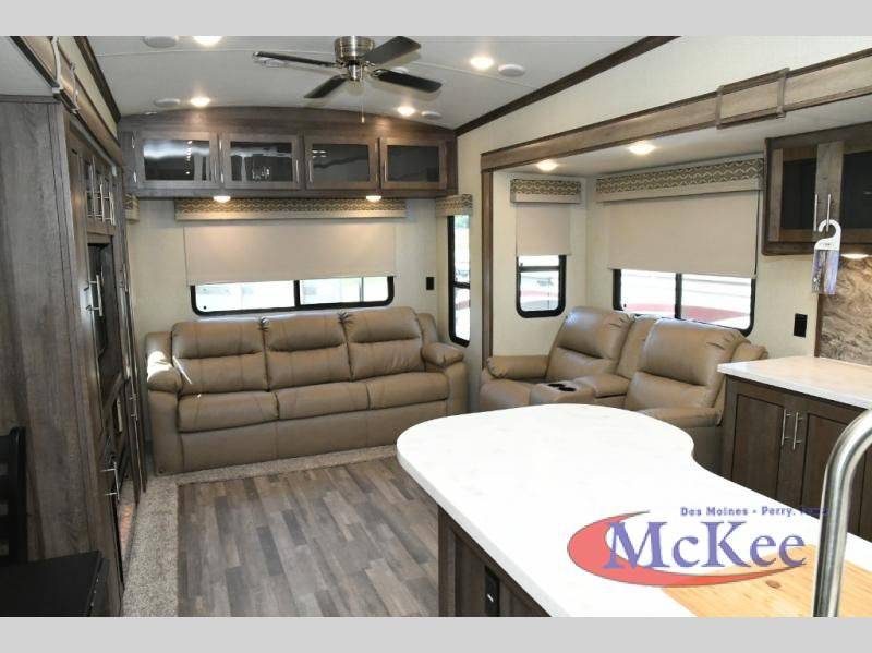 New 2018 Forest River Rv Cardinal Explorer 322ds Fifth Wheel At