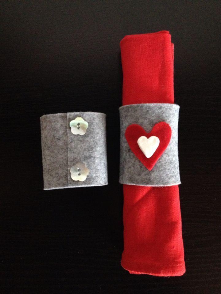 Porta tovaglioli, feltro e pasta di fimo❤️    Il giornata intorno a San Valentino è considerato una delle mie occasioni preferite a motivo di condividere con la mia ceppo e amici particolari, principalmente da spartire da i miei discendenti. Sta cuocendo quelle torte, dolci e biscotti e sta facendo anche se delle belle carte che San Valentino. Ho molte idee da condividere a proposito di te. San Valentin... #feltro #fimo #giornata #intorno #Pasta #porta #San Valentino decorazioni #tovaglioli