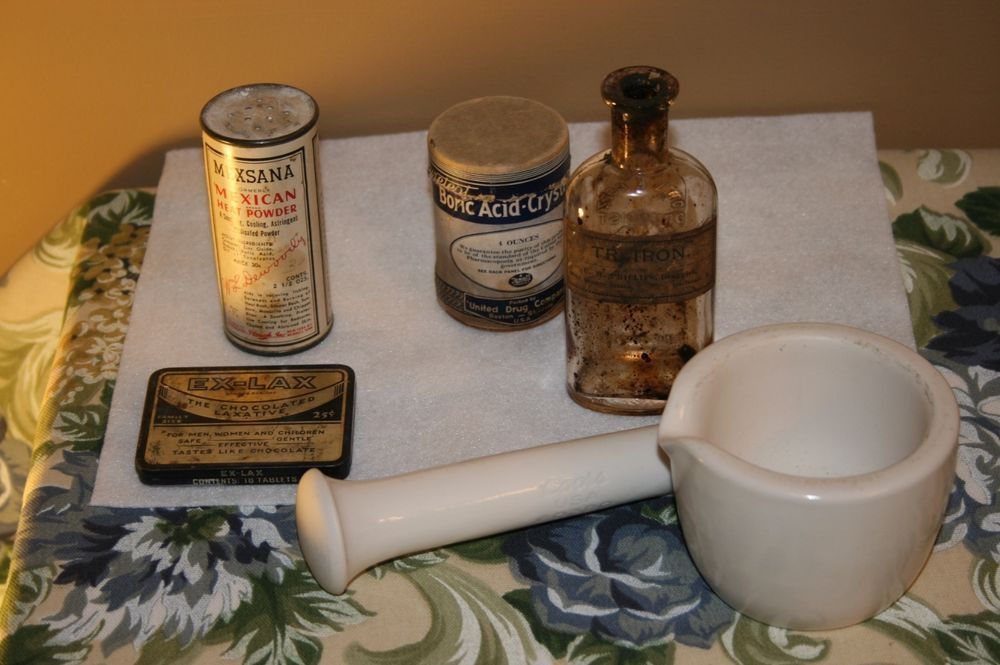 Antique to vintage pharmaceutical/ mortar and pestle/bottle/tins