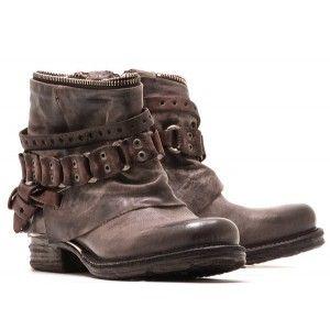 timeless design 0827a 0e782 Shoe Closet · http   www.paris-milan.fr 3025-13653-