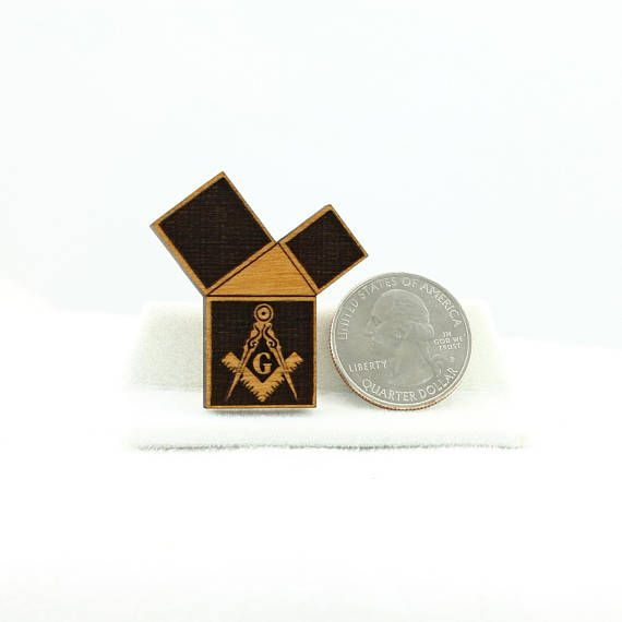 Masonic button / pin made from 1/8 (3mm) Alder wood with a Square & Compass reverse engraved in a 47th problem of Euclid shape. These handcrafted laser engraved buttons are finished with 2 coats of gloss poly to provided a high gloss protective finish and to bring out the warm grain of