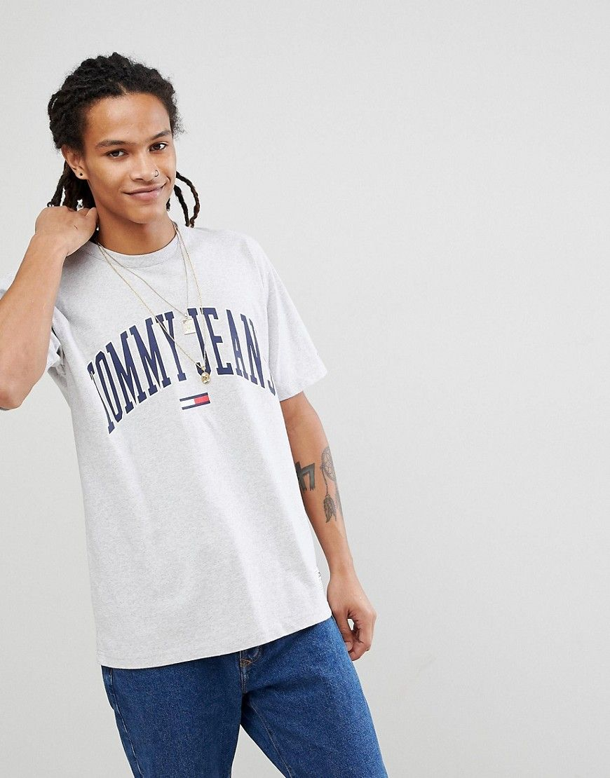 32a151943135e1 TOMMY JEANS COLLEGIATE CAPSULE T-SHIRT IN GRAY - GRAY.  tommyjeans  cloth