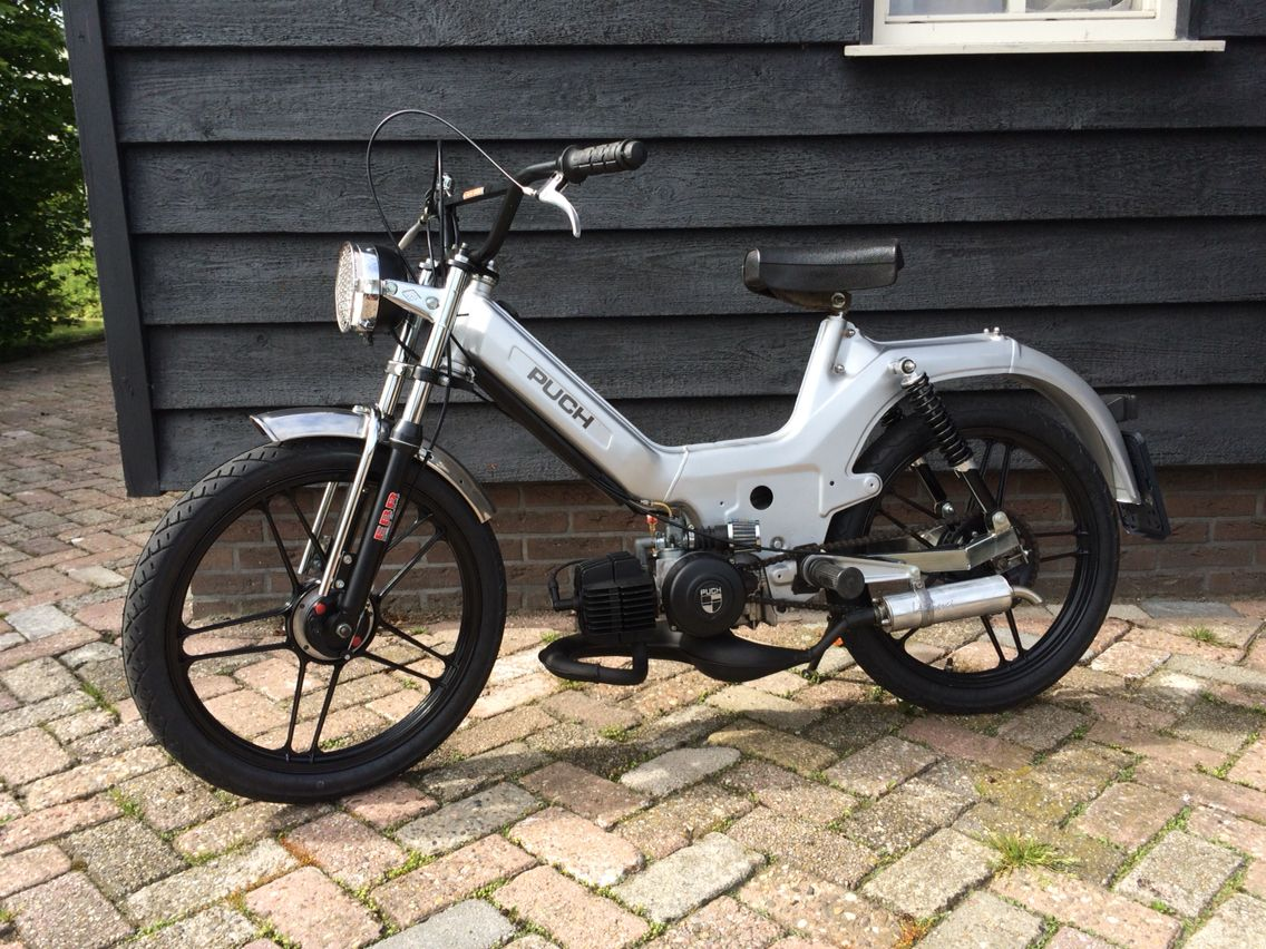 puch maxi s yes all white braapp moped bike moped. Black Bedroom Furniture Sets. Home Design Ideas