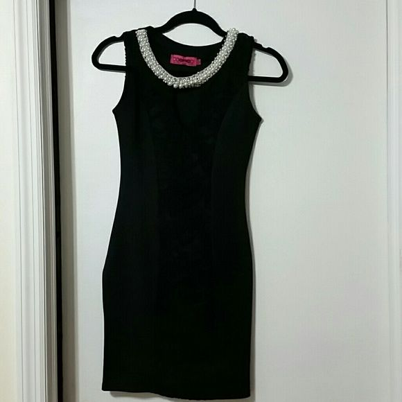 Classy Black Dress With Pearls And Crystals Black Dresses Classy Dresses Boohoo Dresses