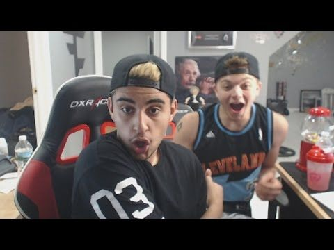 Members Of Gaming S Biggest Pro League Center Of Latest Betting Site Controversy Faze Clan Called Out For Fa Youtube Sponsorship Professional Gaming Youtube