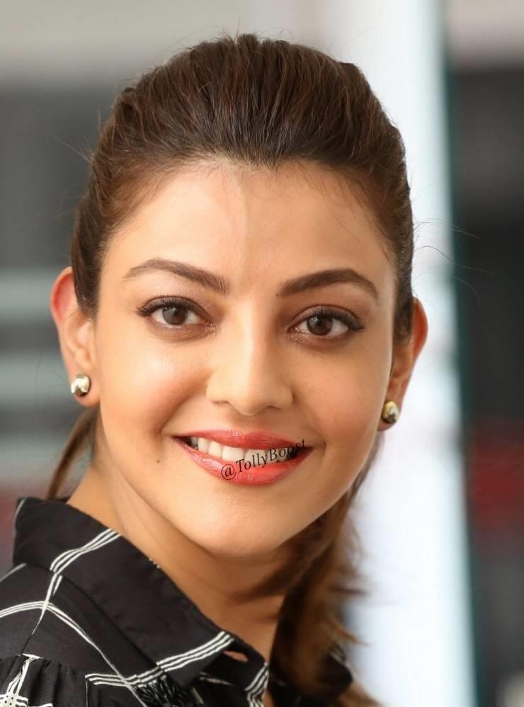 Indian Girl Kajal Aggarwal Hot Looking Smiling Closeup Face Beauty Smile Beautiful Indian Actress Indian Girls