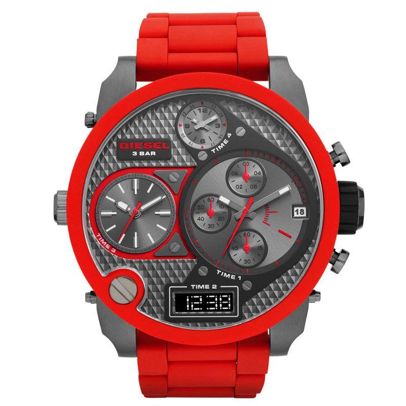 5661075fc9e6 Kerstcadeau tip voor mannen  Diesel DZ7279 XXL horloge. Opvallend ...