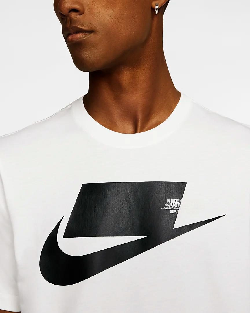 Nike Sportswear Men S T Shirt In 2020 Nike Clothes Mens White Nike T Shirt Clothing Brand Logos