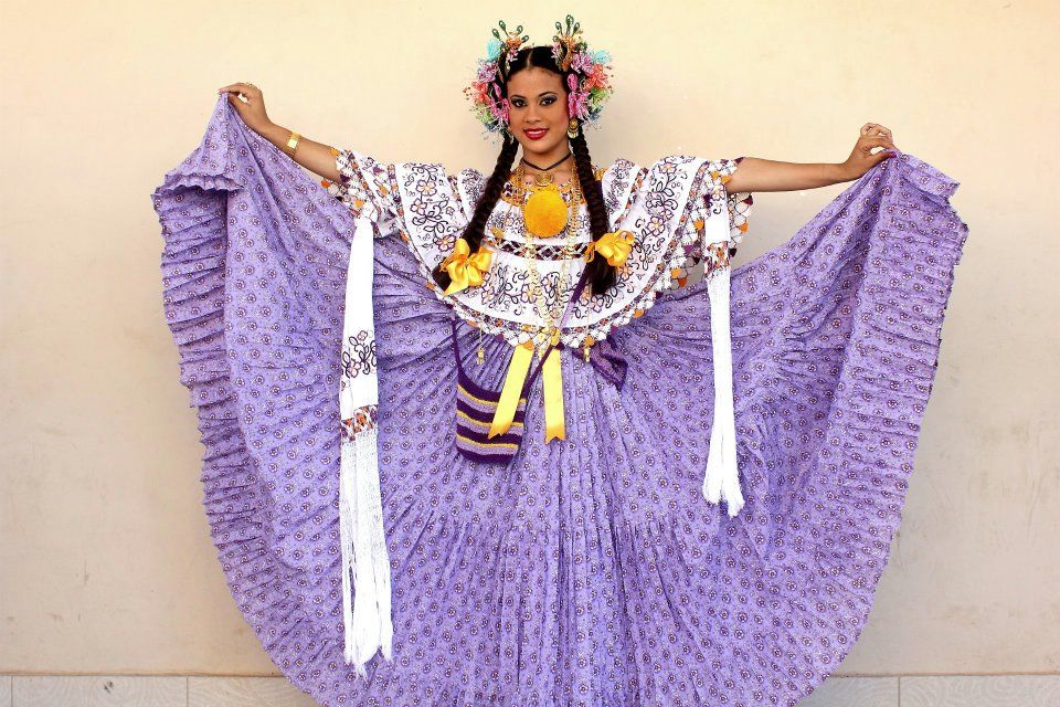 Panama Pollera Costume | Culture in Panama | Pinterest ...