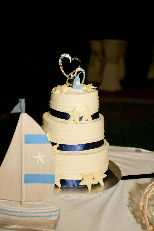 Wedding Cake White Chocolate Mudcake Kurt's Cakes Darwin Navy ...