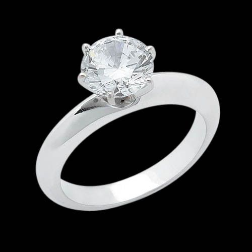 Beautiful 3 cts. diamond & white gold solitaire ring
