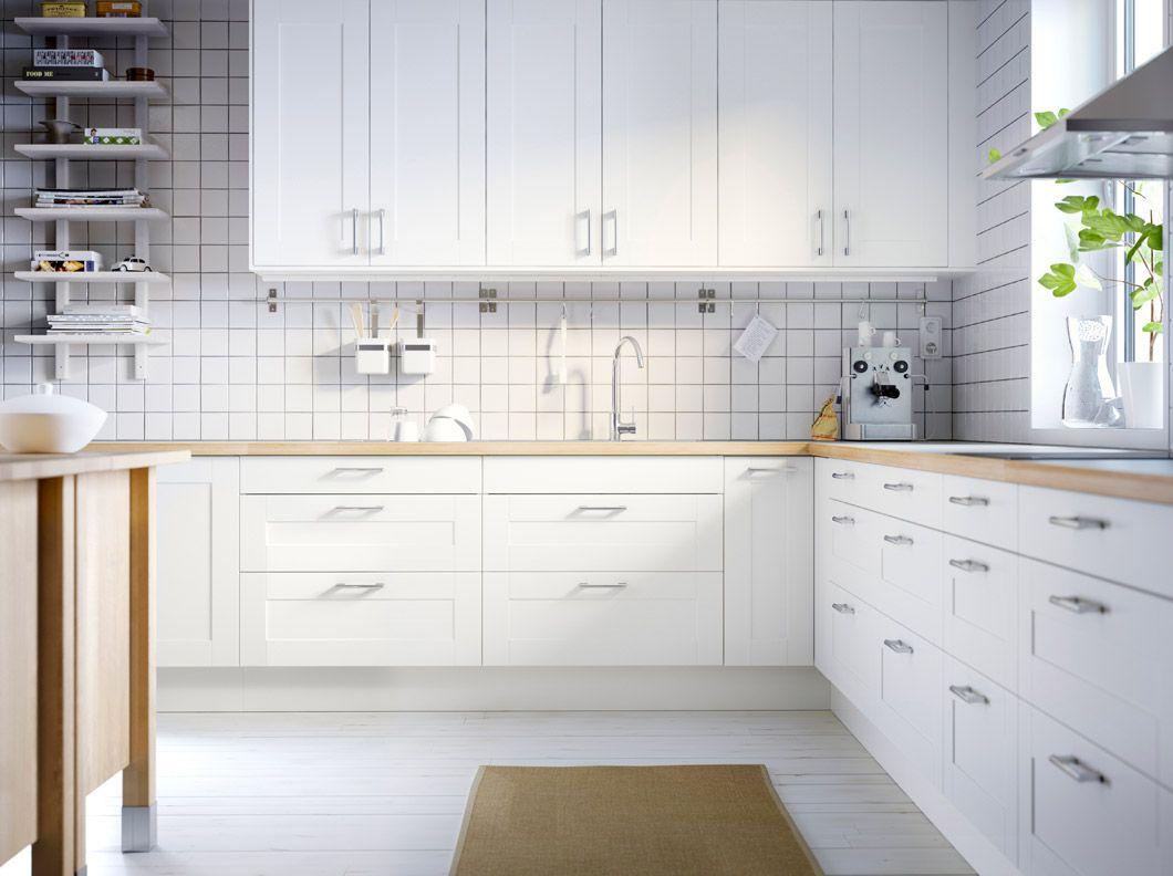 Cucina FAKTUM con ante/frontali cassetto ÄDEL bianco sporco e piano ...
