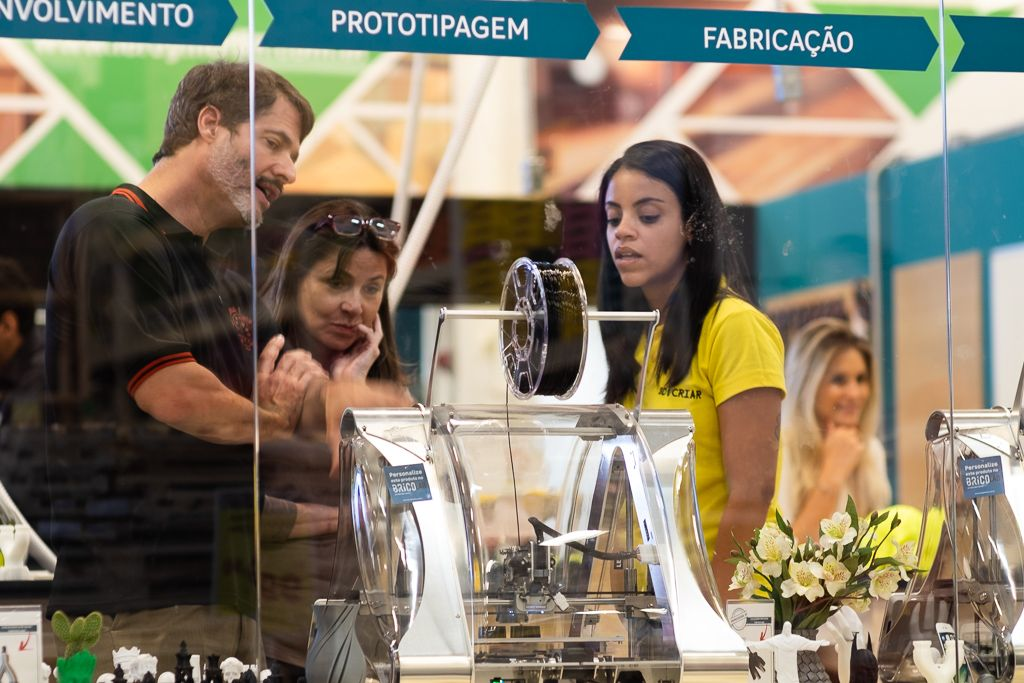 3d Printing Interview How Zmorph 3d Printers Are Helping The Leroy Merlin Bricolab Movement In Brazil Https 3 3d Printing 3d Printing Industry 3d Printer