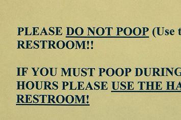 Bathroom Humor 25 bathroom signs that'll make you pee yourself | bathroom humor