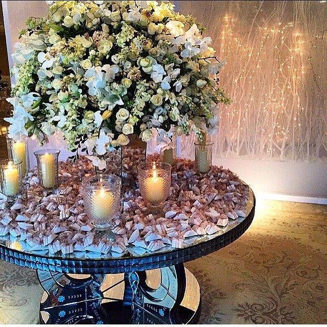 Velas na mesa de bem casados por cemporcentoeventos decorao velas na mesa de bem casados por cemporcentoeventos junglespirit Images