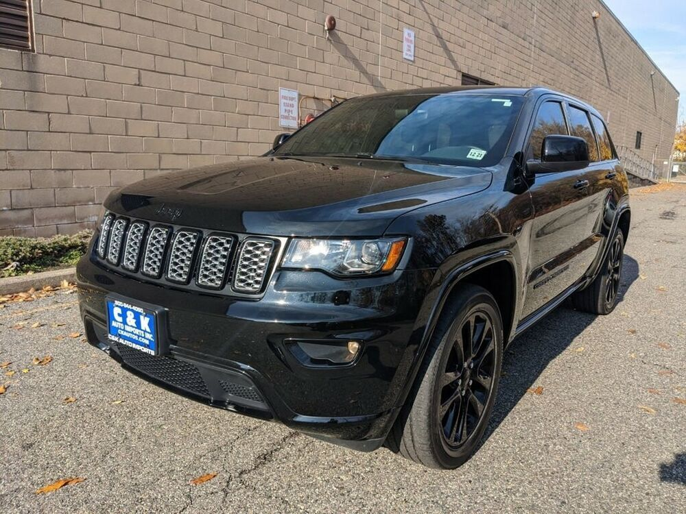 2017 Jeep Grand Cherokee Altitude 4x4 Pwr Sunroof Suede Seats W