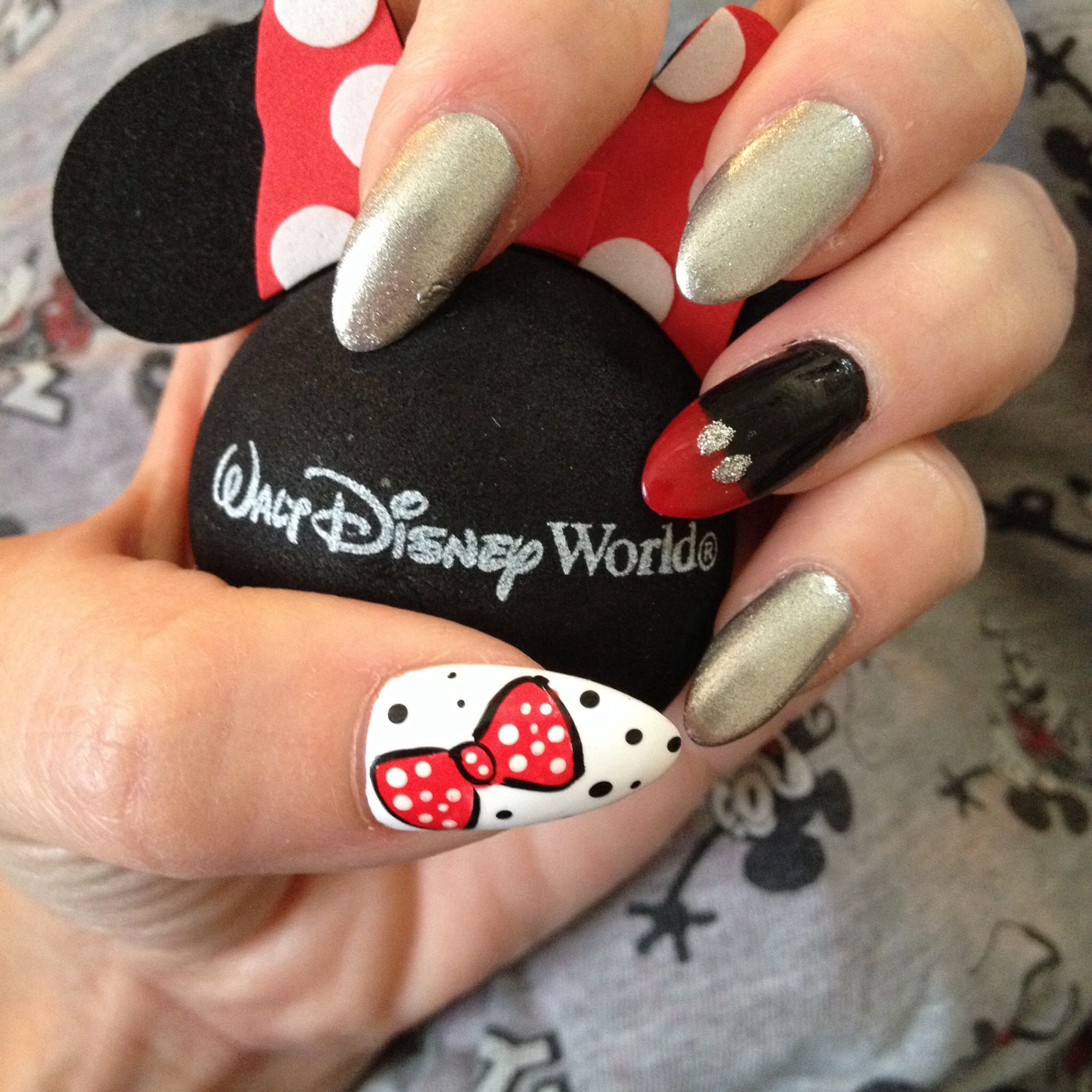Disney inspired stiletto nails | Nail art | Pinterest | Disney nails ...